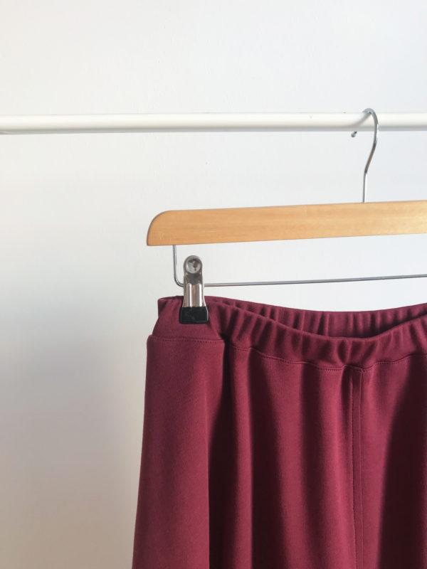 2019-Produktbilder-Frauenrock-wein-02